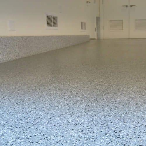 Доставка и монтаж на полиуретанови подове